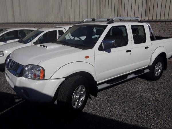 2014 Nissan NP300 Hardbody 2.5 TDI k11k42 Bakkie Double cab Western Cape Paarl_0
