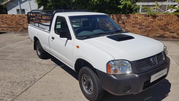 2017 Nissan NP300 Hardbody 2.5 TDi LWB Single Cab Bakkie Western Cape Paarl_0
