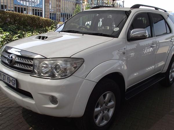 2009 Toyota Fortuner 3.0d-4d Rb 4x4  Gauteng Pretoria_0
