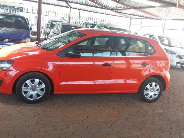 2010 Volkswagen Polo 1.6 Trendline  Gauteng Jeppestown_0