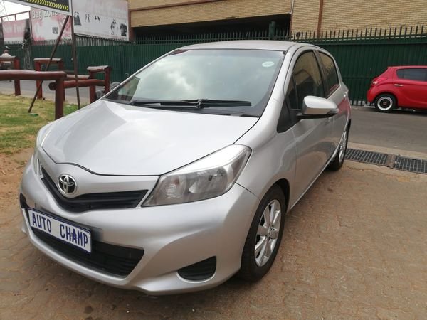 2014 Toyota Yaris 1.5 Hsd Xr 5dr hybrid  Gauteng Johannesburg_0