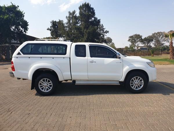 2014 Toyota Hilux 3.0d-4d Raider Xtra Cab Pu Sc  Gauteng Vanderbijlpark_0