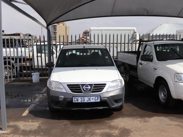 2013 Nissan NP200 HYUNDAI CHEAPIE STAND Gauteng Springs_0