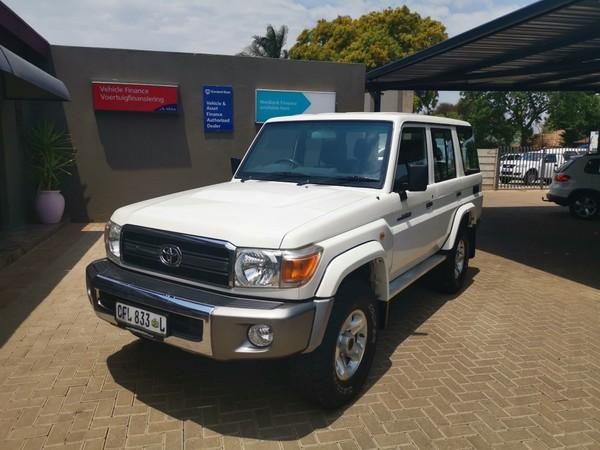 2011 Toyota Land Cruiser 76 4.2d Sw  Limpopo Polokwane_0