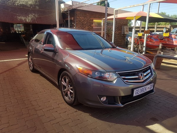 2011 Honda Accord 2.4 Exclusive At  Gauteng Meyerton_0