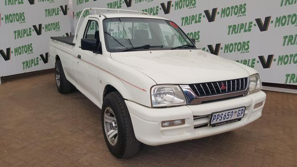 2003 Mitsubishi Colt 2000i Hiline Lwb Pu Sc  Gauteng Pretoria_0