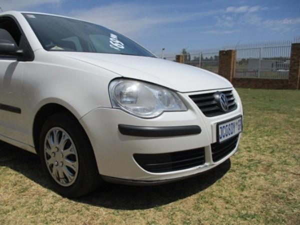 2007 Volkswagen Polo 1.6 Trendline  Gauteng Roodepoort_0