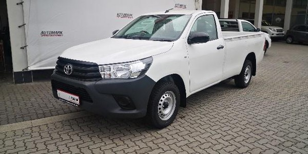 2019 Toyota Hilux 2.0 VVTi AC Single Cab Bakkie Eastern Cape East London_0