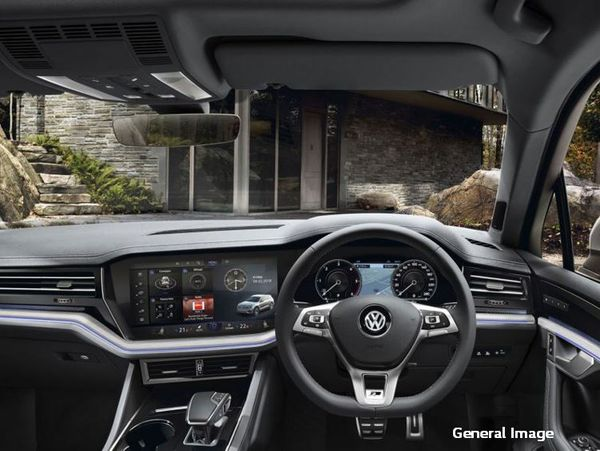 2018 Volkswagen Touareg 3.0 TDI V6 Executive Gauteng Johannesburg_0