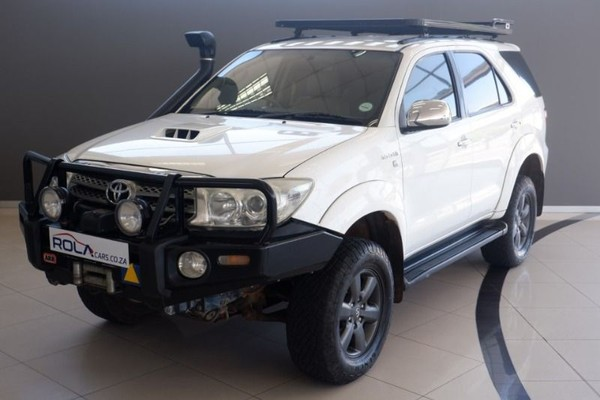 2010 Toyota Fortuner 3.0d-4d Rb 4x4  Western Cape Somerset West_0