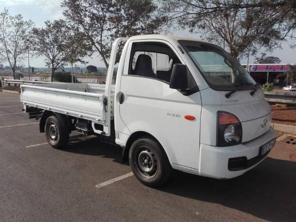 2014 Hyundai H100 Bakkie 2.6d Fc Ds  Gauteng Lenasia_0