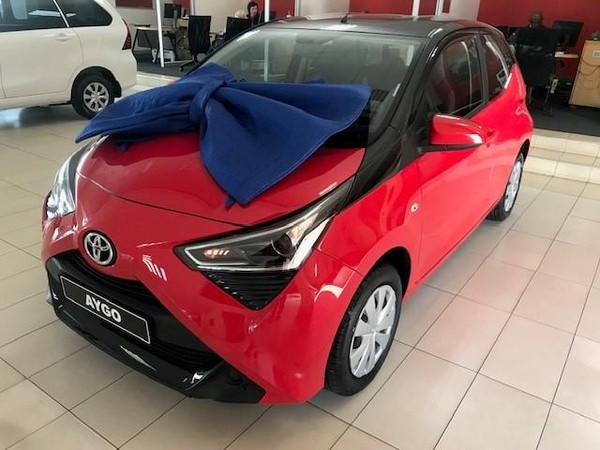 2019 Toyota Aygo 1.0 X-Play 5-Door Gauteng Springs_0