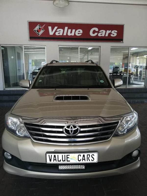 2012 Toyota Fortuner 2.5d-4d Rb  Mpumalanga Secunda_0