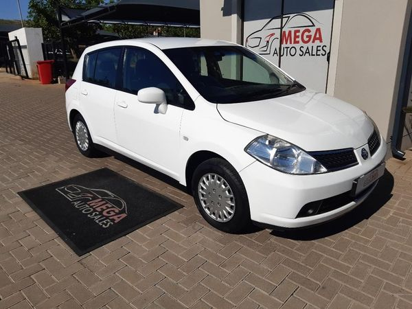 2009 Nissan Tiida 1.6 Acenta Hatch MT Gauteng Pretoria_0
