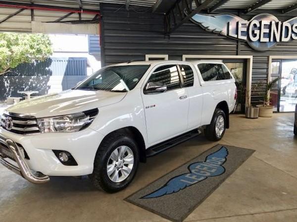 2017 Toyota Hilux 2.8 GD-6 RB Raider PU ECAB Western Cape Strand_0
