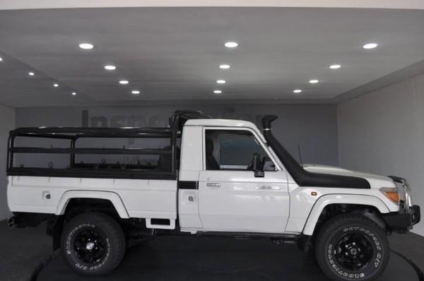 2014 Toyota Land Cruiser 79 4.0p Pu Sc  Gauteng Pretoria_0