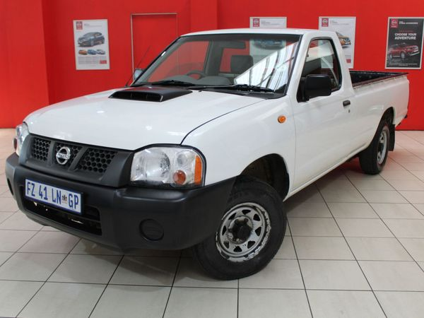 2017 Nissan NP300 Hardbody 2.5 TDi LWB Single Cab Bakkie Gauteng Springs_0