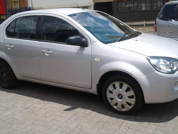 2015 Ford Ikon 1.6 Ambiente  Gauteng Johannesburg_0