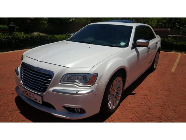 2013 Chrysler 300C 3.6l Lux At  Gauteng Pretoria_0