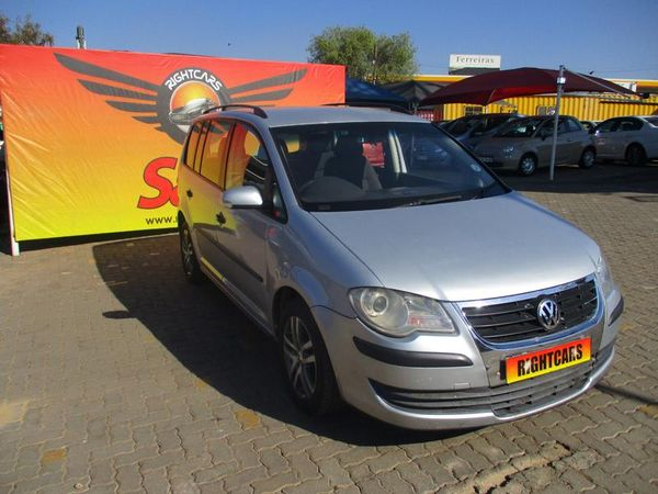 2007 Volkswagen Touran 1.6 Trendline  Gauteng North Riding_0