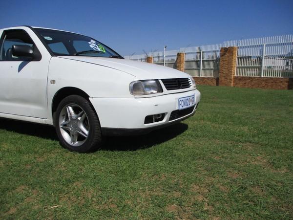 1998 Volkswagen Polo Classic 1.6  Gauteng Roodepoort_0