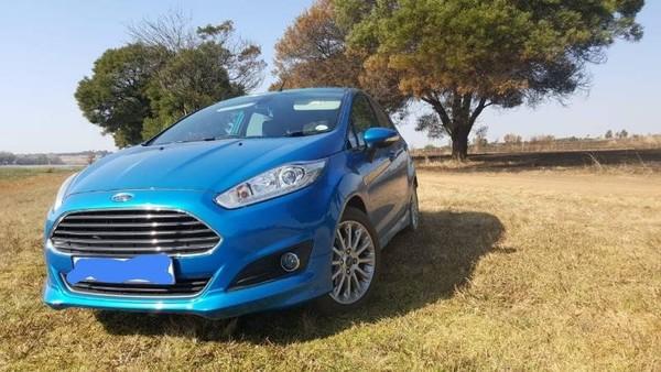 2014 Ford Fiesta 1.0 Ecoboost Titanium 5-Door Gauteng Roodepoort_0