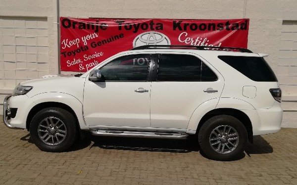 2011 Toyota Fortuner 3.0d-4d 4x4 At  Free State Kroonstad_0