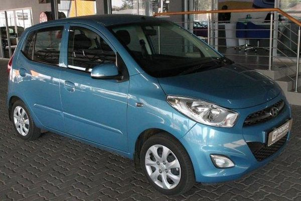 2014 Hyundai i10 1.1 Gls  Gauteng Germiston_0