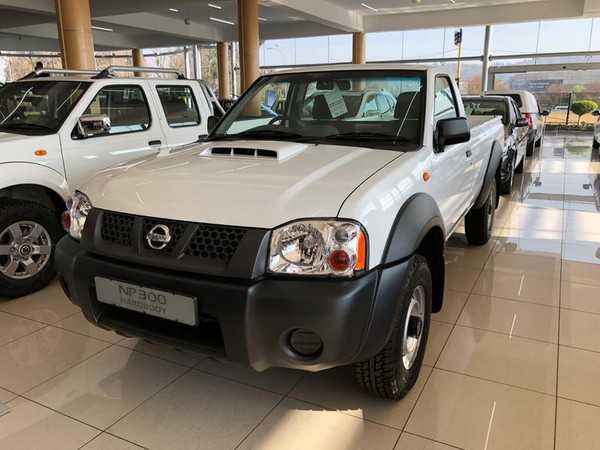 2020 Nissan NP300 Hardbody 2.5 TDI LWB 4x4 k06k34 Bakkie Single cab Gauteng Johannesburg_0