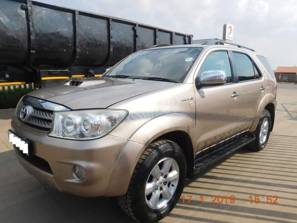 2010 Toyota Fortuner 3.0d-4d 4x4  Gauteng Brakpan_0