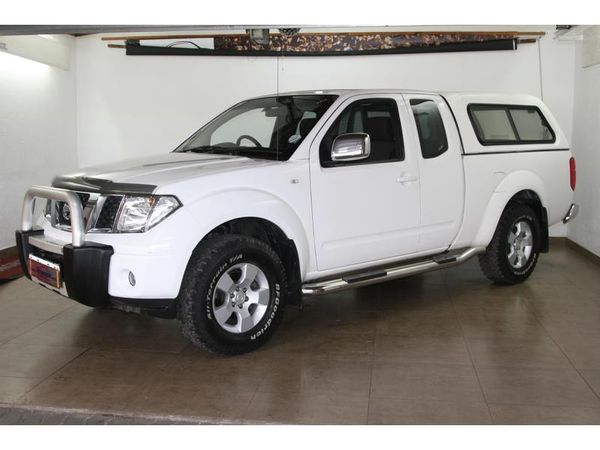2013 Nissan Navara 2.5 Dci Xe Kcab 4x4 Pu Sc  Gauteng Pretoria_0