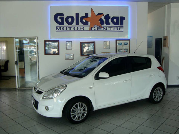 2011 Hyundai i20 1.6  Gauteng Edenvale_0
