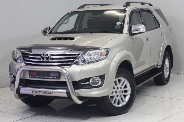 2014 Toyota Fortuner 2.5d-4d Rb Manual Gauteng Nigel_0