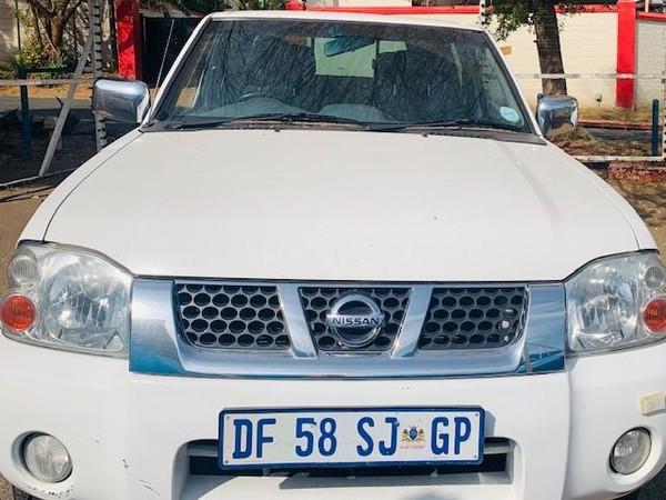 2014 Nissan NP300 Hardbody 2.4i 4X4 Double Cab Bakkie Gauteng Randburg_0