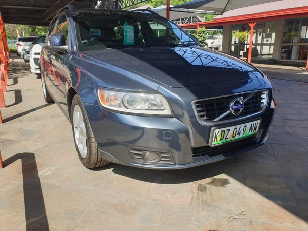 2012 Volvo V50 2.0 Powershift  North West Province Rustenburg_0