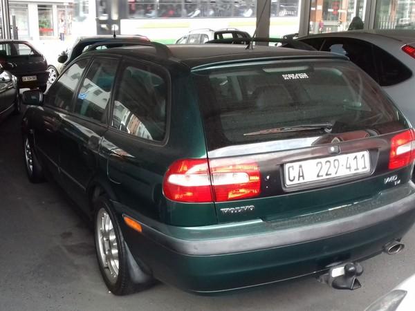 2001 Volvo V40 T4 At  Western Cape Cape Town_0