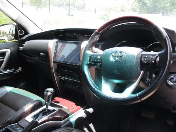 used toyota fortuner 2 8gd