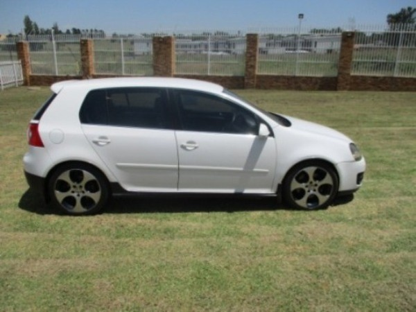 2009 Volkswagen Golf Gti 2.0t Fsi  Gauteng Roodepoort_0