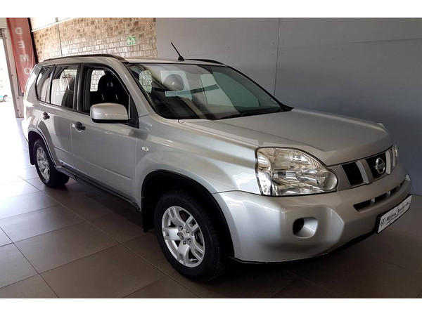 2010 Nissan X-Trail 2.0 Xe 4x2 r71  Western Cape Somerset West_0