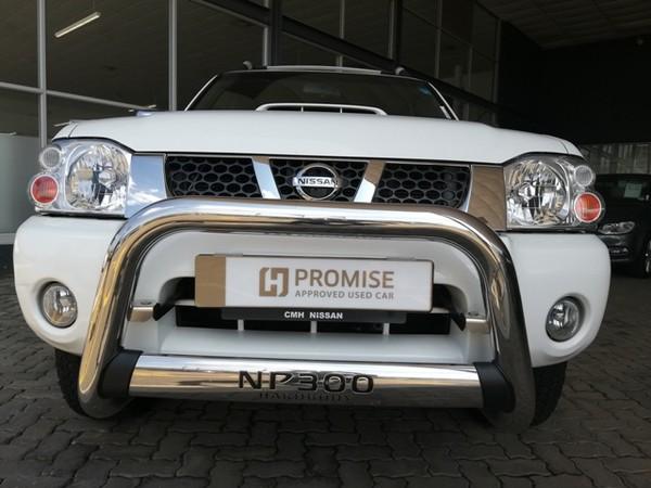 2013 Nissan NP300 Hardbody 2.4i HiRider 4x4 k15k36 Bakkie Double cab Gauteng Pretoria_0