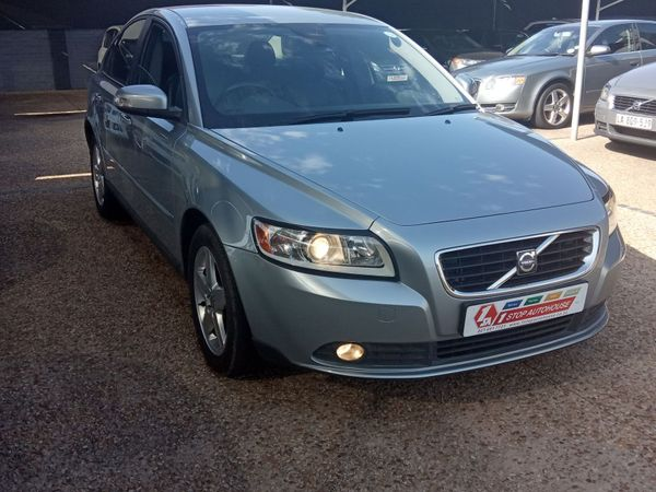 2009 Volvo S40 2.0i Low Kms Very Neat For The Year Western Cape Milnerton_0