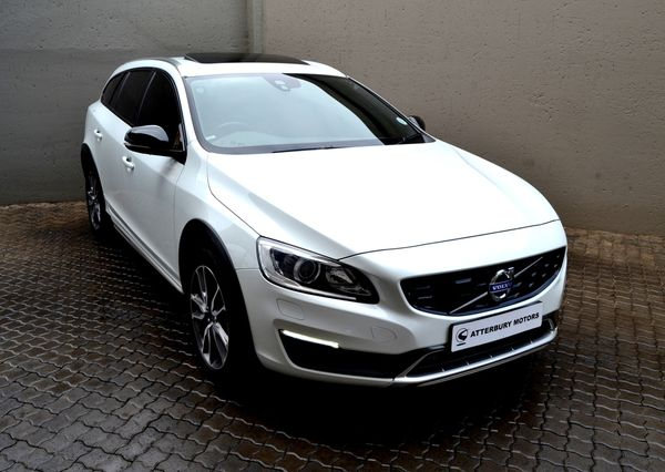 2016 Volvo V60 CC D4 Momentum Geartronic AWD Gauteng Pretoria_0