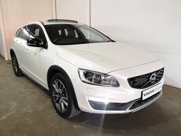 2019 Volvo V60 CC D4 Momentum Geartronic AWD Gauteng Pretoria_0