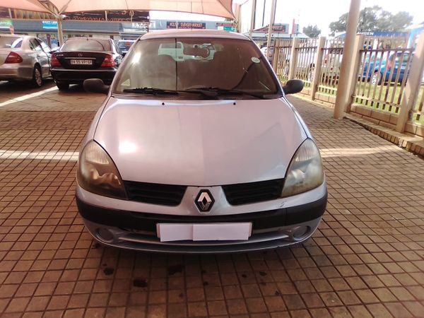 2005 Renault Clio 1.4 Expression  Gauteng Vereeniging_0