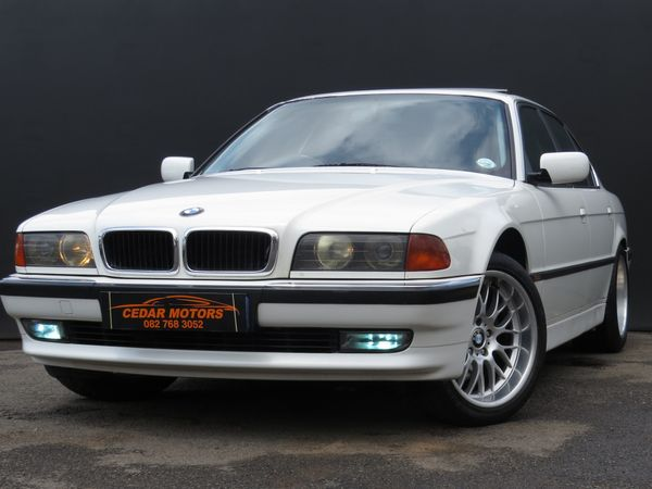 1998 BMW 7 Series 740i At m62 e38  Gauteng Johannesburg_0