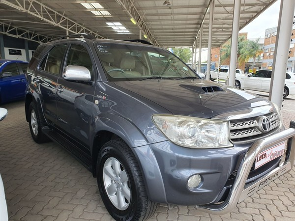 2011 Toyota Fortuner 3.0d-4d Rb At  Gauteng Vereeniging_0
