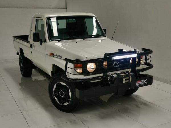 2002 Toyota Land Cruiser 4.5 Petrol Pu Sc  Gauteng Rosettenville_0