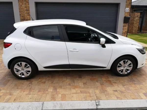 2017 Renault Clio IV 900T Authentique 5-Door 66kW Western Cape Paarl_0