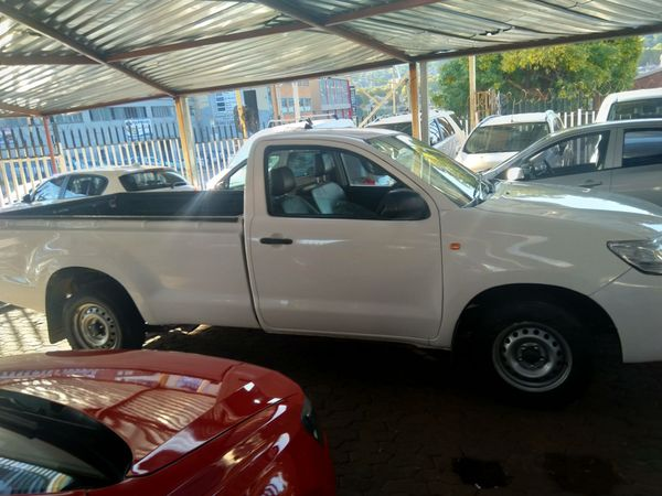 2015 Toyota Hilux 2.4 GD AC Single Cab Bakkie Gauteng Jeppestown_0