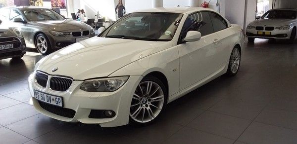 2012 BMW 3 Series 330i Convert At e93  Gauteng Roodepoort_0